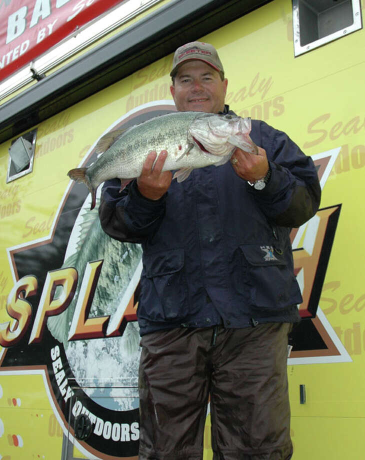 Stanley Miller of Valley Mills, TX made it into the overall top five with his 7.71 lb catch during the 8-9:00 hour  Photo by Patty Lenderman / Lakecaster