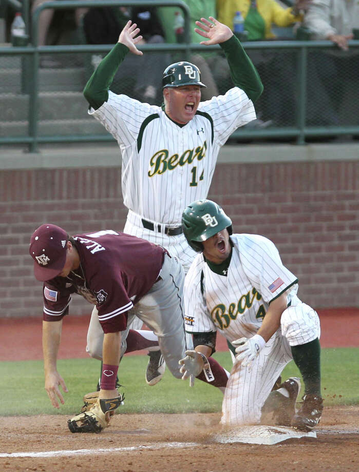 "Baylor's Nathan Orf and assistant Steve ""Hoot"" Johnigan react after A&M's Blake Allemand tagged out Orf at third. Photo: Duane A. Laverty, Waco Tribune-Herald"