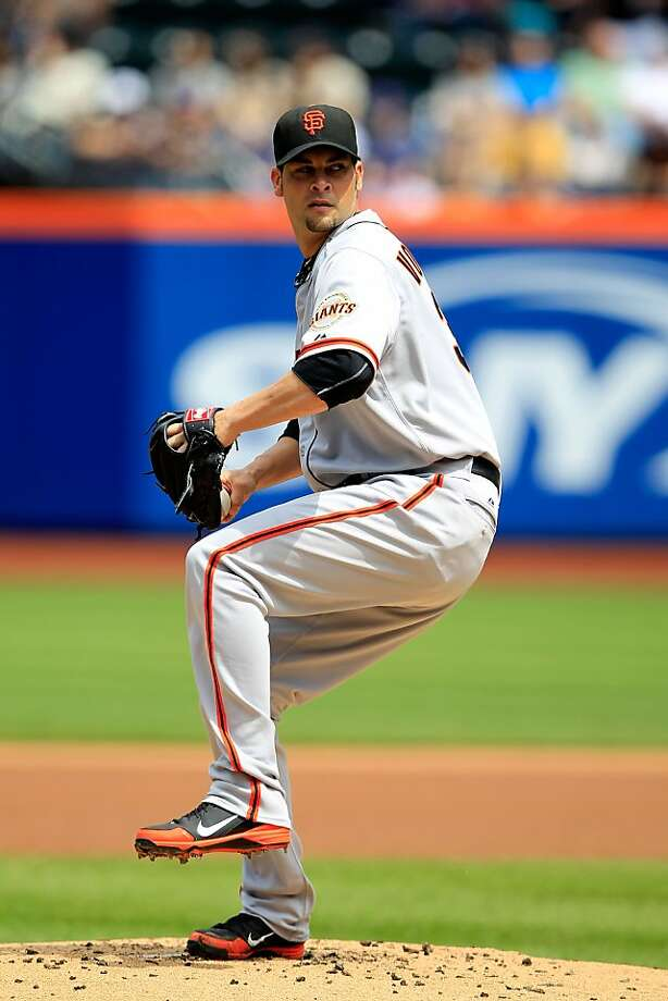 Ryan Vogelsong #32 of the San Francisco Giants pitches against the New York Mets at Citi Field on April 21, 2012 in the Flushing neighborhood of the Queens borough of New York City. Photo: Chris Trotman, Getty Images