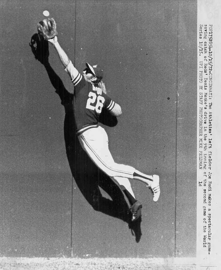 Joe Rudi catches the ball against the wall in the 1972 World Series.