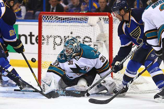 Antti Niemi #31 of the San Jose Sharks makes a save against the St. Louis Blues during Game Five of the Western Conference Quarterfinals during the 2012 NHL Stanley Cup Playoffs at the Scottrade Center on April 21, 2012 in St. Louis, Missouri. Photo: Dilip Vishwanat, Getty Images