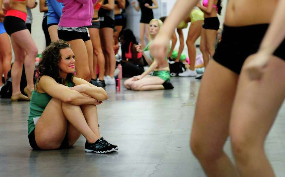 Katrina Plewinski, from Sedro-Wooley, watches other applicants practice. Photo: LINDSEY WASSON / SEATTLEPI.COM
