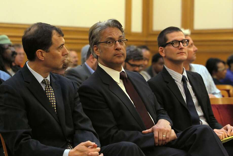 Sheriff Ross Mirkarimi, center, is flanked by his attorneys, Shepard Kopp, left, and David Waggoner, right, as the San Francisco  Ethics Commission began discussing the procedures it will follow for the sheriff's official misconduct hearing on Monday, April 23, 2012, in San Francisco, Calif. Photo: Carlos Avila Gonzalez, The Chronicle