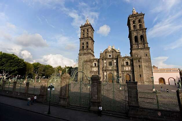 Puebla cathedral Photo: Ricardo Espinosa, Mexico Tourism Board