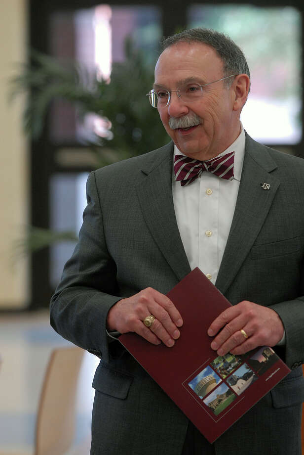 Texas A&M President, R. Bowen Loftin spoke to a group of the top freshmen students at Veterans Memorial high school in Brownsville,Texas about the importance of getting a college degree, Monday, April 23, 2012. Photo: Brad Doherty, AP / The Brownsville Herald
