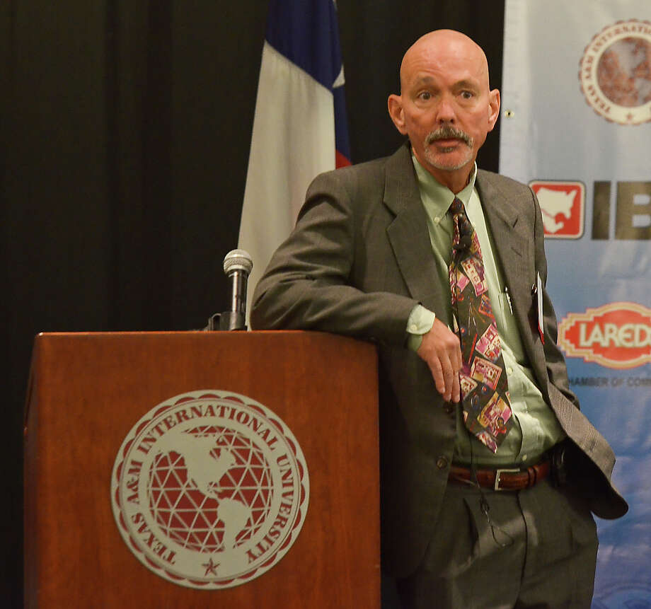 Director of the Center for Community and Business Research, Thomas N. Tunstall PhD, gives and economic update of the Eagle Ford Shale, Wednesday afternoon at the Texas A&M International University Student Center Ballroom. Photo: Danny Zaragoza / LAREDO MORNING TIMES