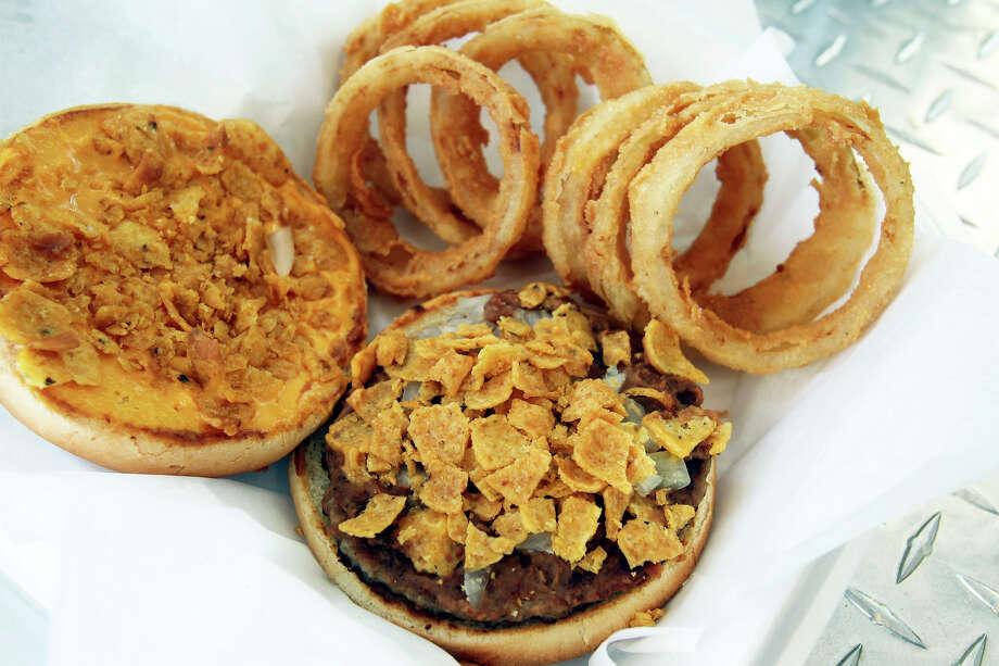 Beanburger Combo at Sills Snack Shack parked near NE Loop 410 on April 24, 2012. Tom Reel/ San Antonio EXpress-News Photo: TOM REEL, San Antonio Express-News / TREEL@EXPRESS-NEWS.NET