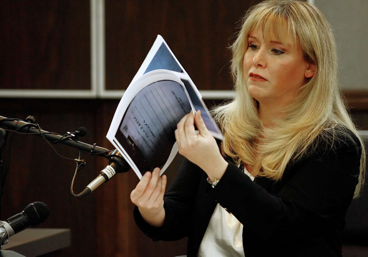 Sandra Eastwood, former lead prosecutor in Hannah Overton's 2007 trial, testifies during an evidentiary hearing on Wednesday, April 25, 2012, at the Nueces County Courthouse in Corpus Christi, Texas. Overton is trying to get her 2007 capital murder conviction overturned.