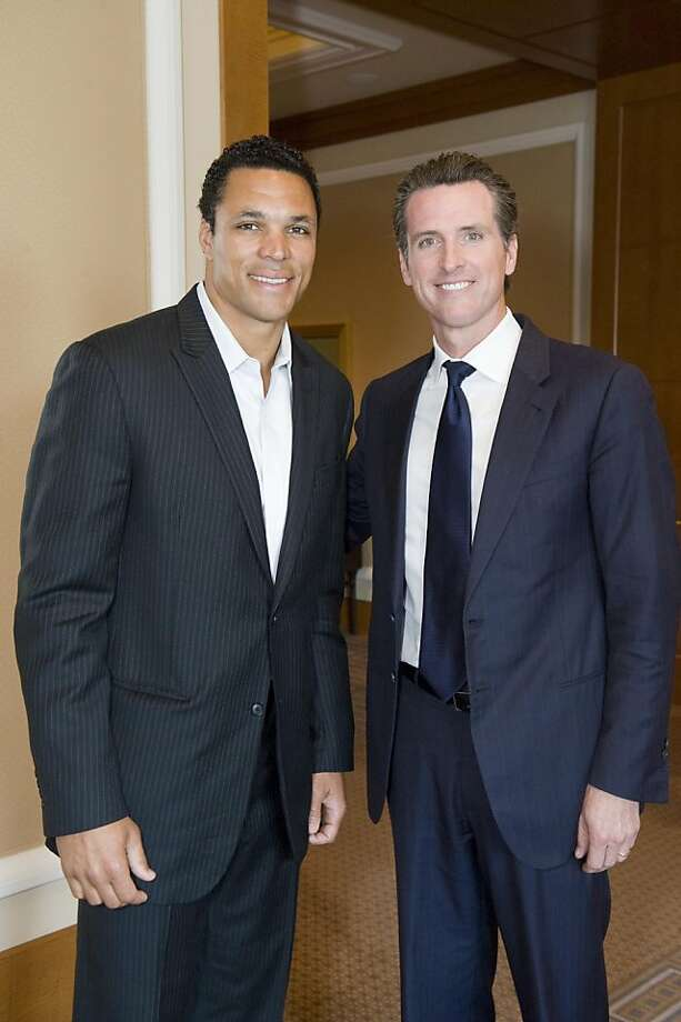 Atlanta Falcons All-Pro Tight End Tony Gonzalez (at left) with Lt. Gov. Gavin Newsom at the CURE gala. April 2012. By Drew Altizer. Photo: Drew Altizer, Special To The Chronicle