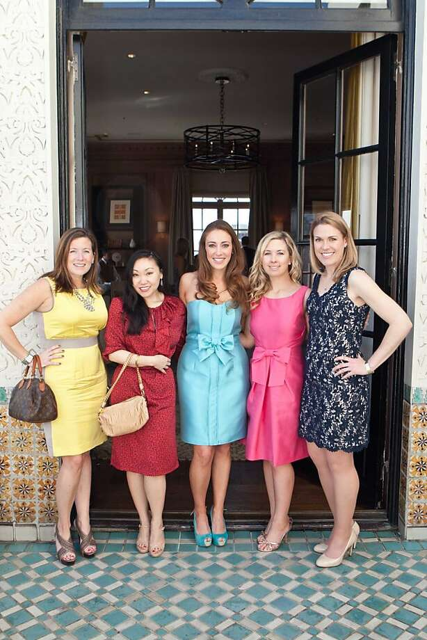 L-R: Margaret Shaw Lilani, Mina Seong, Schuyler Hudak, Michelle Curtis and Sealy Livermore at the Junior League Fashion Show Gala 2012 at the Fairmont Hotel April 13, 2012. Photo: Heather Wiley, Drew Altizer Photography