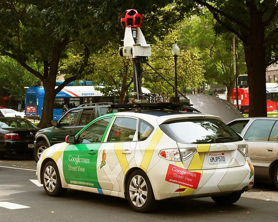 An appeals court refused to dismiss claims alleging invasion of privacy over Google Street View's mistaken collection of Wi-Fi network data. Photo: Paul J. Richards, AFP/Getty Images