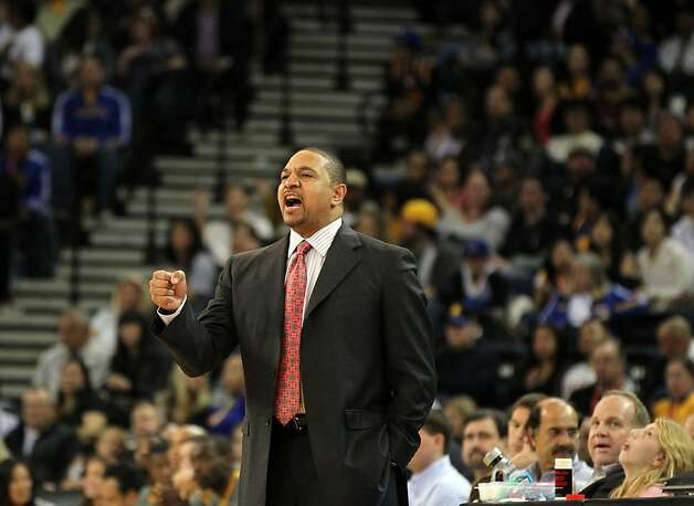 Golden State Warriors' head coach Mark Jackson calls out a play in the 4th period during their game with the San Antonio Spurs Thursday, April 26, 2012, in Oakland, Calif. Photo: Lance Iversen, The Chronicle