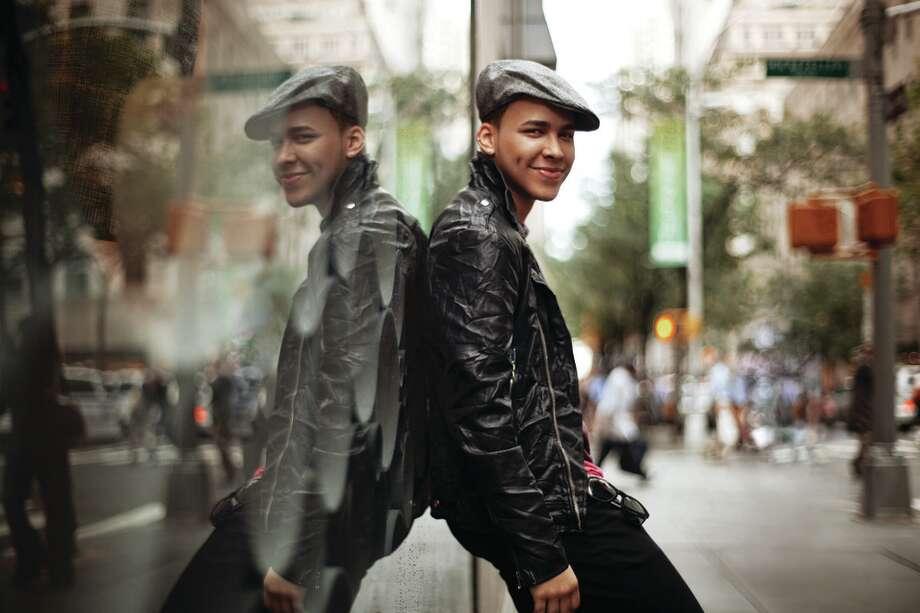 La evolución del bachatero Prince Royce llega con su segundo disco, donde abre el abanico de sonidos característicos de su estilo e incorpora otros ritmos y géneros. Photo: Top Stop Music / A. R. Kirzhner