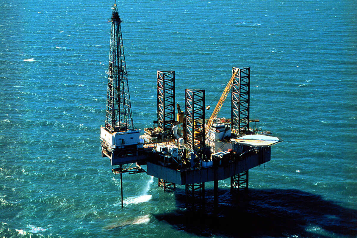 Pennzenergy Company Oil Exploration Drilling Rig, Ship Shoal 150, In The Gulf Of Mexico.