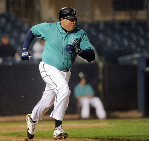 Bluefish's Luis Lopez hustles to first base during opening day baseball action against Camden at the Arena at Harbor Yard in Bridgeport, Conn. on Thursday April 26, 2012. Photo: Christian Abraham / Connecticut Post