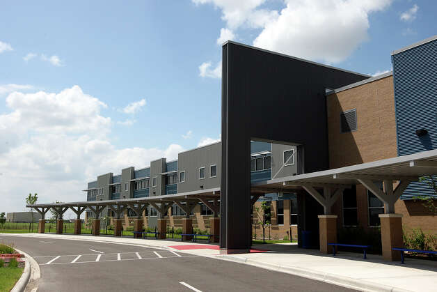 A view of the front elevation of the Weslaco IDEA Public Schools, Wednesday, April 11, 2012. Photo: JERRY LARA, San Antonio Express-News / SAN ANTONIO EXPRESS-NEWS