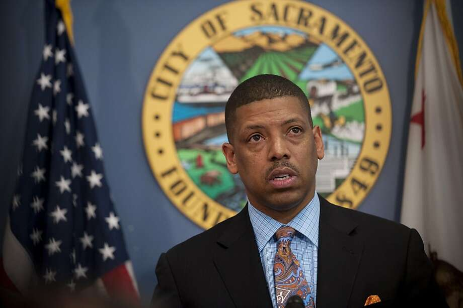 Sacramento Mayor Kevin Johnson has begun to explore the possibility of bringing major-league baseball to the state capital. Photo: Jose Luis Villegas, McClatchy-Tribune News Service