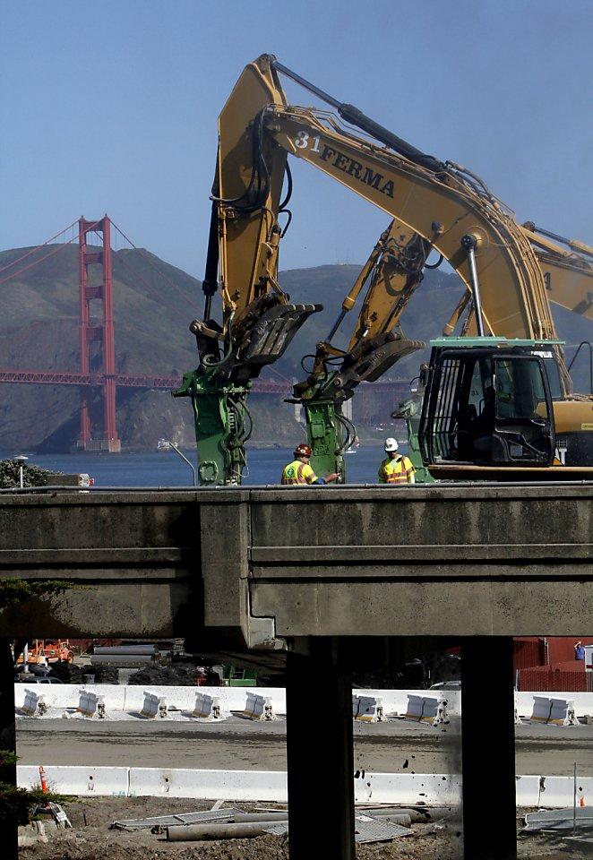Traffic Light Demolition : Doyle drive demolition on track traffic is light sfgate