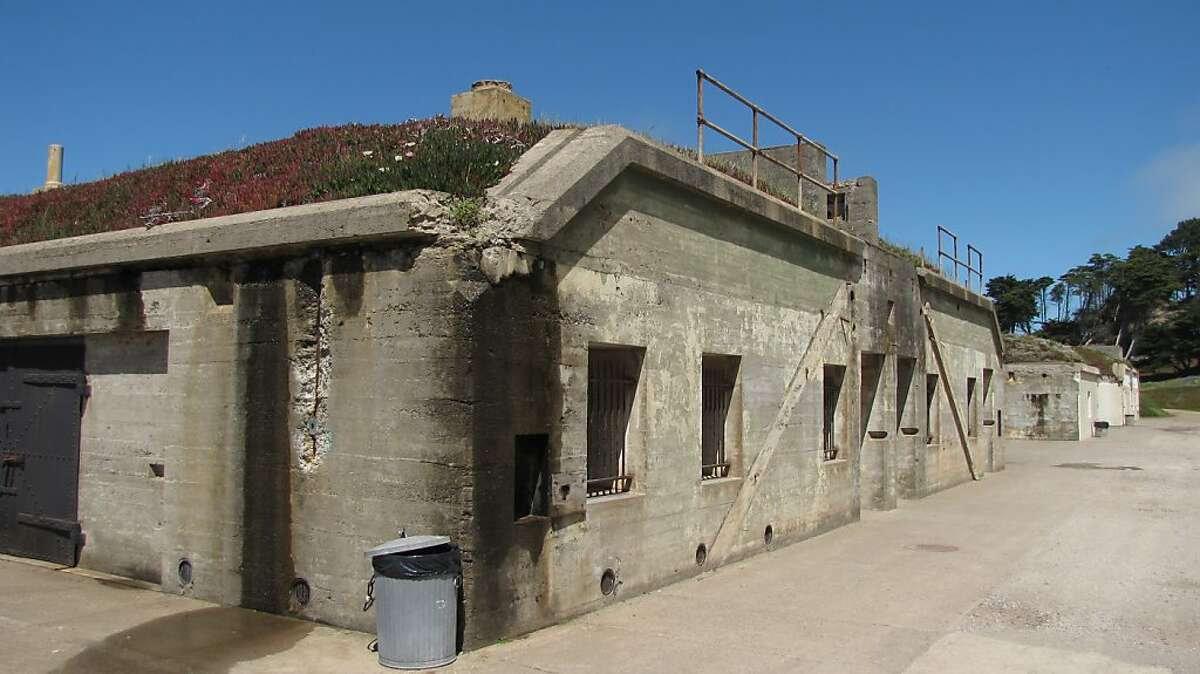Battery Chamberlin, set above Baker Beach in San Francisco's Presidio, was taken out of service in 1948 but the sturdy concrete remains as an urban ruin of sorts.
