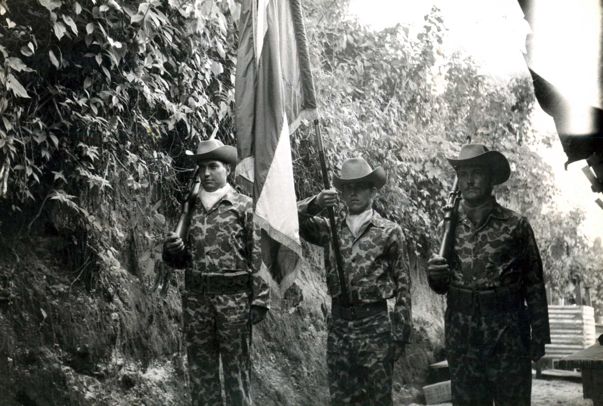 Usaa Contact Us >> Bay of Pigs invaders recall 'sure' victory - San Antonio Express-News