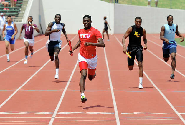Judson's Jerome Gatewood runs the final leg of the 5A boys 4x200 meter relay during the Region IV Track Meet on April 28, 2012 at Alamo Stadium in San Antonio Texas. John Albright / Special to the Express-News. Photo: JOHN ALBRIGHT, San Antonio Express-News / San Antonio Express-News