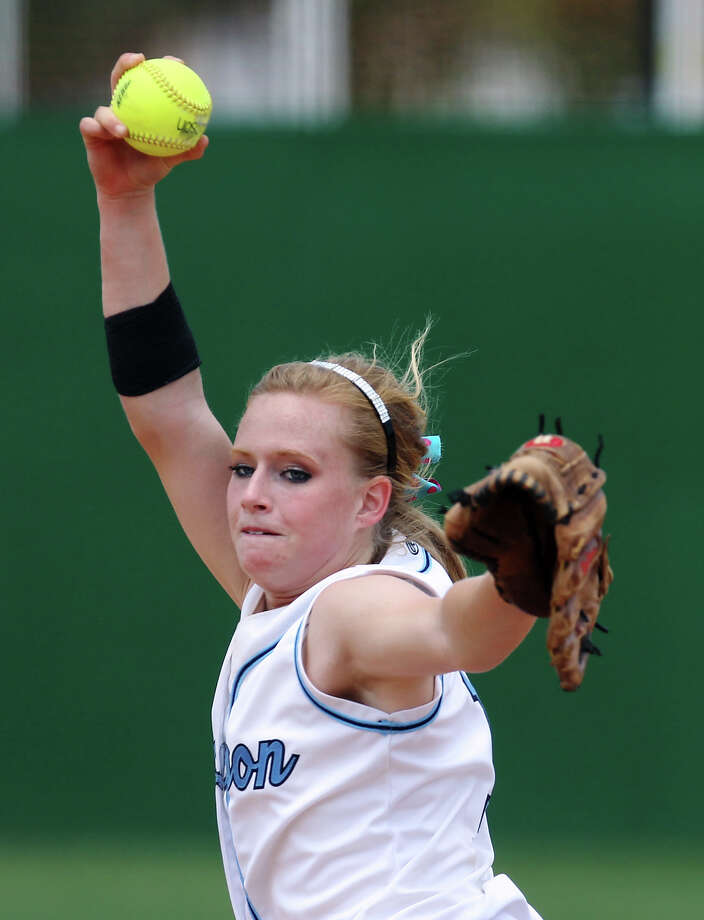 Johnson pitcher Melanie Roe throws against Judson in bi-district softball playoffs on Saturday, Apr. 28, 2012. Judson defeated Johnson in three games to move on. Kin Man Hui/Express-News. Photo: KIN MAN HUI, Kin Man Hui/Express-News / ©2012 San Antonio Express-News