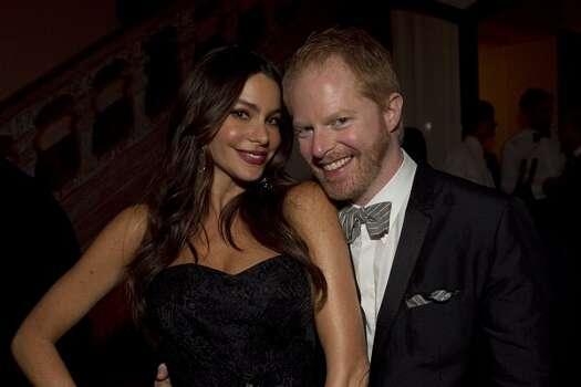 """Sofia Vergara and Jesse Tyler Ferguson of """"Modern Family."""" (Andrew Harrer / Bloomberg)"""
