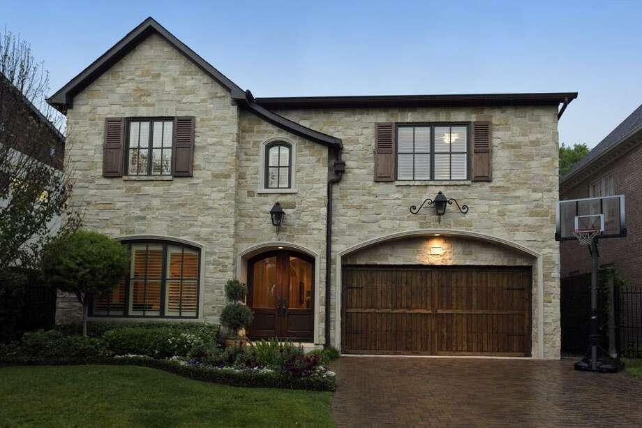 3724 Ingold  |  Greenwood King Properties  |  Agent: Heidi Dugan |  (713) 524-0888  | Photo: GWK