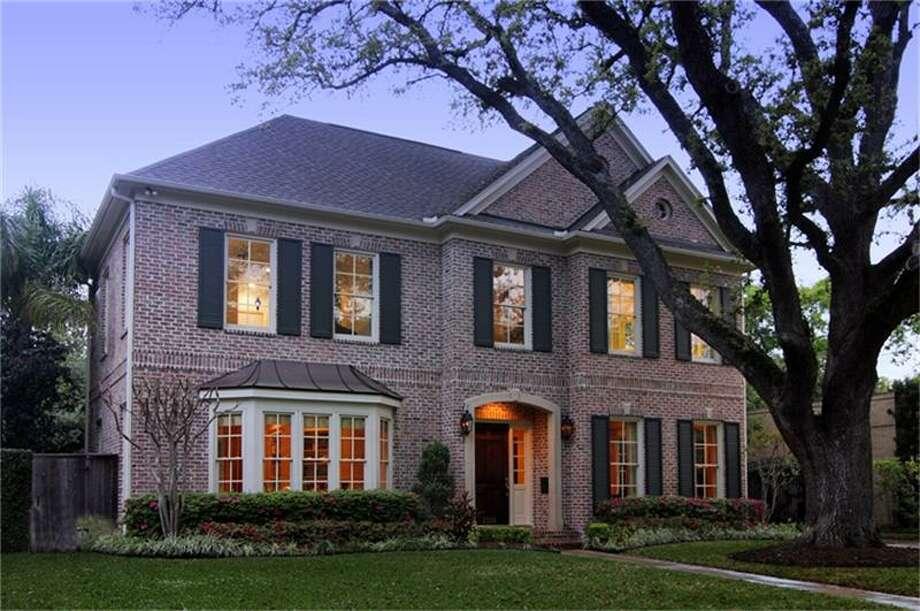 2338 Timber Lane  |  Greenwood King Properties  |  Agent: Cameron Ansari |  (713) 524-0888  | Photo: GWK