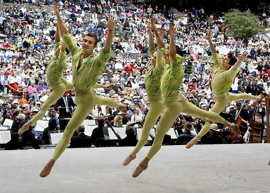 San Francisco Ballet at the Stern Grove Festival in 2007 Photo: Katy Raddatz, The Chronicle