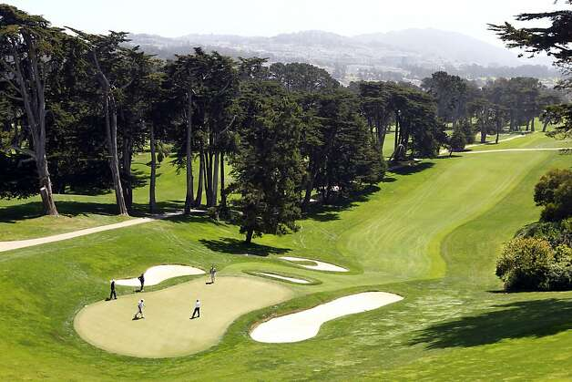 Members and guest of the USGA play the 18th green at the Olympic Club  Monday, April 30, 2012, in San Francisco, Calif. Photo: Lance Iversen, The Chronicle