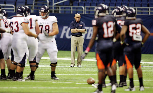 FOR SPORTS -  UTSA head football coach Larry Coker (center) watches the team during the 2012 UTSA Football Fiesta Spring Game held Sunday April 15, 2012 at the Alamodome. Photo: EDWARD A. ORNELAS, SAN ANTONIO EXPRESS-NEWS / © SAN ANTONIO EXPRESS-NEWS (NFS)