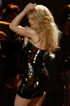 Shakira performs at the 37th Annual  American Music Awards on Sunday, Nov. 22, 2009, in Los Angeles. Photo: AP