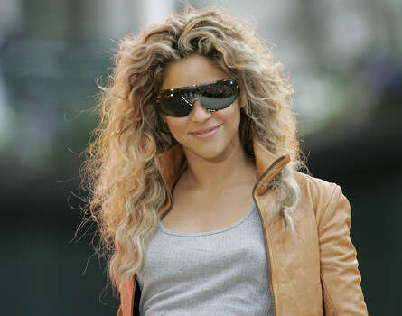 "**FILE**Colombian-born Shakira enters the stage in New York's Bryant Park before performing as part of the ABC television network's ""Good Morning America"" Summer Concert Series, Friday, June 3, 2005. Photo: STUART RAMSON, AP / AP"