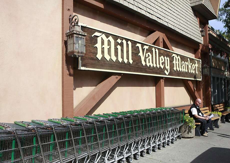 No wild color schemes for the Mill Valley Market. Beige rules! Photo: Jill Schneider, The Chronicle