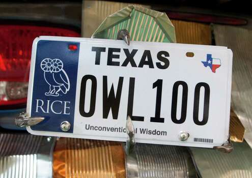 The license plate of the Owl Car Photo: J. Patric Schneider / Houston Chronicle