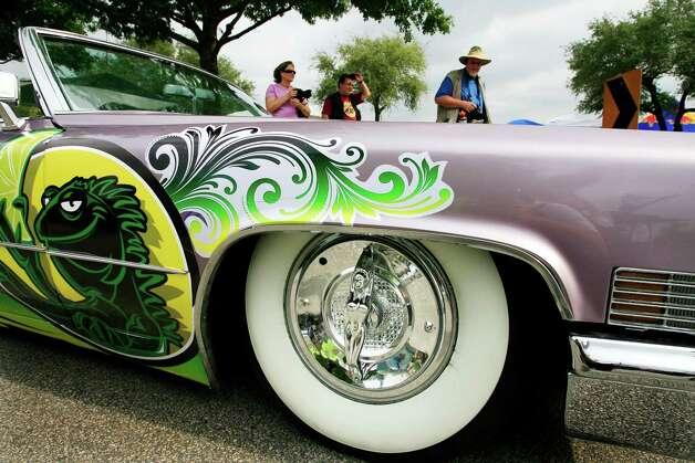 Art Car Parade participants stage their vehicles before the 2008 parade. Photo: Eric Kayne / Houston Chronicle