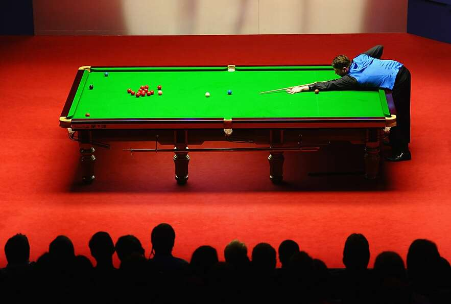 SHEFFIELD, ENGLAND - MAY 03:  Matthew Stevens of Wales in action against Ronnie O'Sullivan of Englan