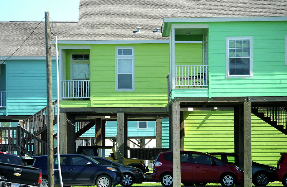 Brightly painted new beach homes fill the blocks four years after Hurricane Ike devasted the area on the Bolivar Peninsula, Saturday,  April 21, 2012. Tammy McKinley/The Enterprise Photo: TAMMY MCKINLEY