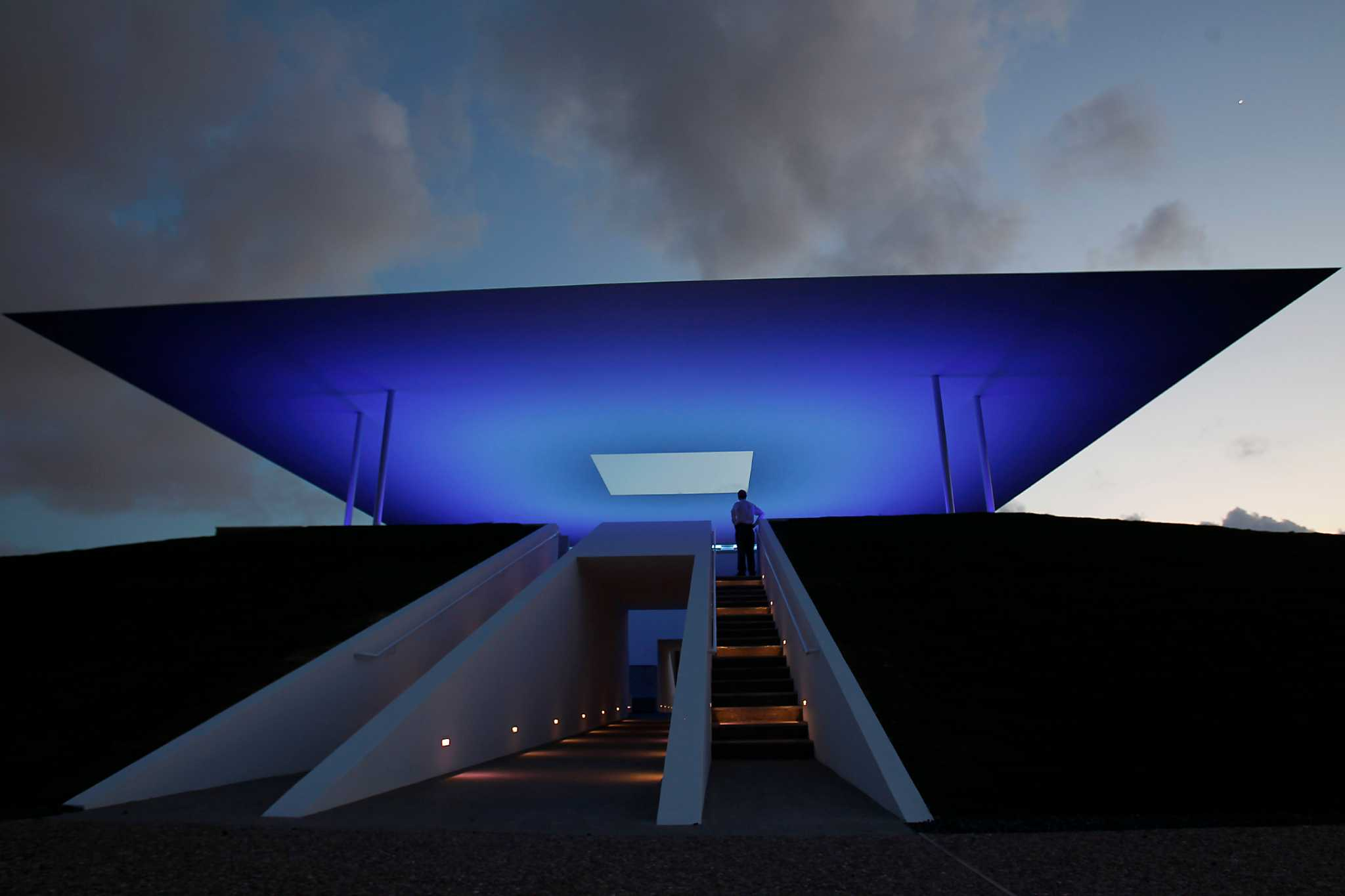 Skyspace Turns Eyes Heavenward At Rice Campus Houston