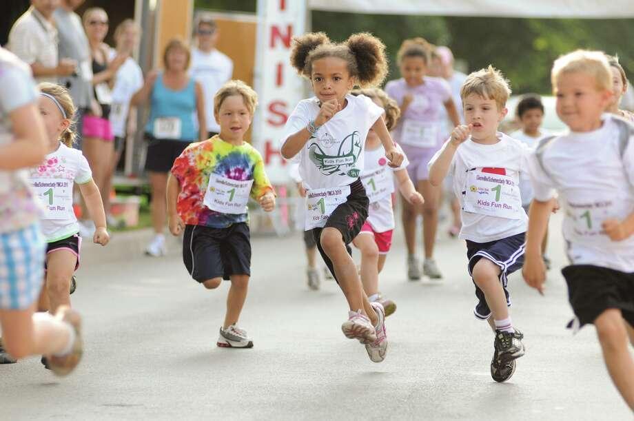 YMCA Kids Fun Run Photo: Rob Totaro / Capital District YMCA