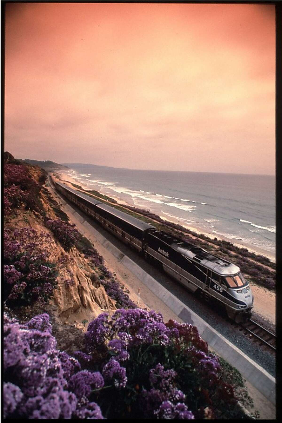 The Amtrack Pacific Surfliner