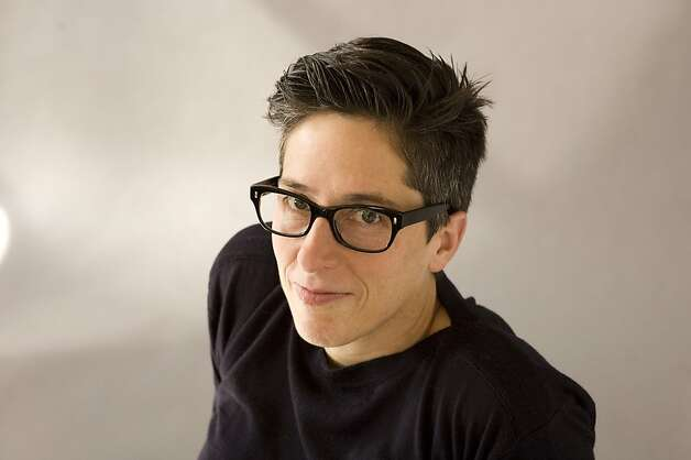Alison Bechdel Photo: Elena Seibert