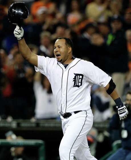 The Tigers' Jhonny Peralta belted a two-run walk-off homer off White Sox reliever Matt Thornton. Photo: Paul Sancya / AP