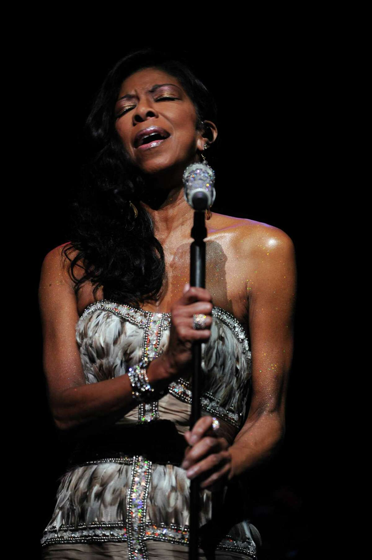 Natalie Cole performs during a benefit for Dana's Angels Research Trust (DART) at the Palace Theatre on Saturday, May 5, 2012.