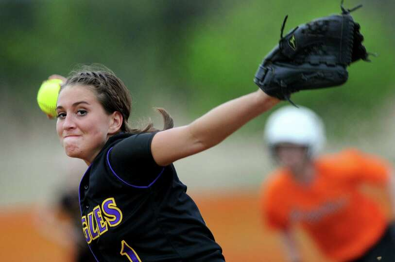 Duanesburg's Dani Hennel (1) winds up the pitch during their softball game against Bethlehem on Thur