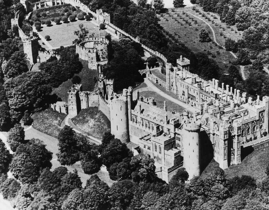 Arundel Castle in West Sussex, 1936. Photo: Fox Photos, Getty Images / 2009 Getty Images