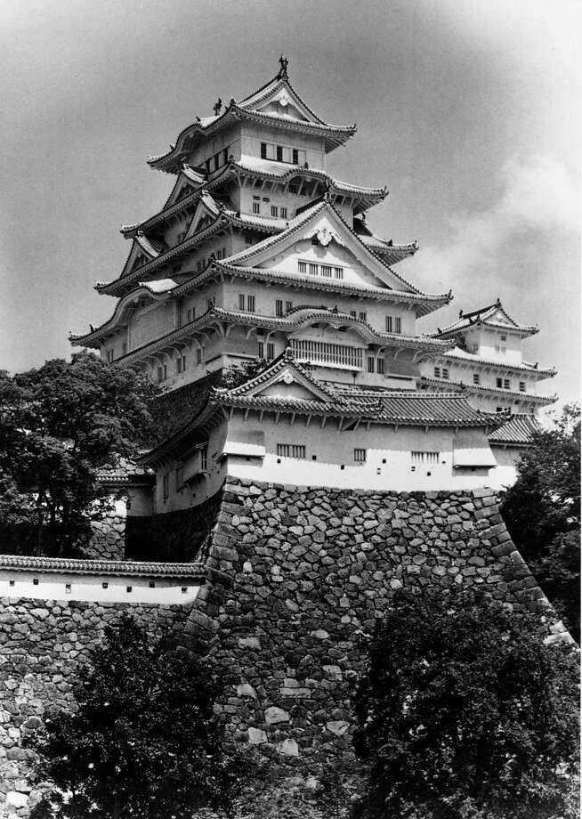 Himeji Castle, in Himeji, Japan, is shown on October 8, 1971. Photo: Fox Photos, Getty Images / Hulton Archive