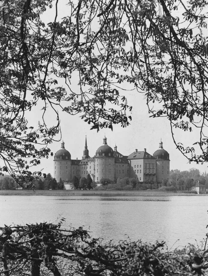 Moritzburg Castle, near Dresden, Germany, is shown circa 1930. Photo: Keystone, Getty Images / Hulton Archive