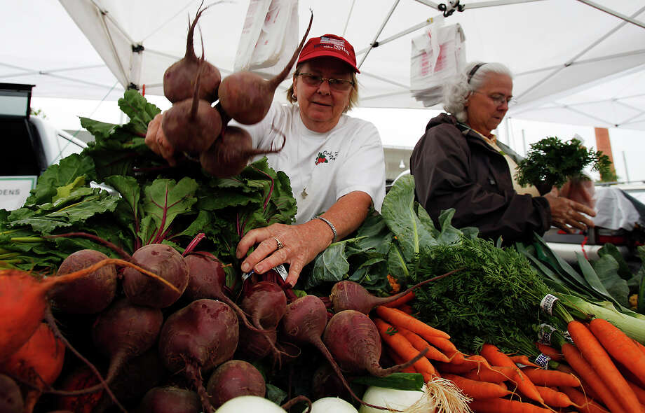 Saturday - The Pearl Brewery Year round9 a.m. until 1 p.m. 200 E. Grayson St., San Antonio, TX,  78215Website: The Pearl Farmers' Market Photo: Kin Man Hui, San Antonio Express-News / San Antonio Express-News
